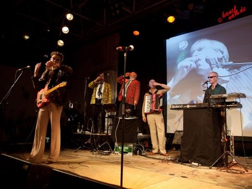 Die ganze Familie macht Wudkapause - Popolski Show im ZAKK am 22.09.2011