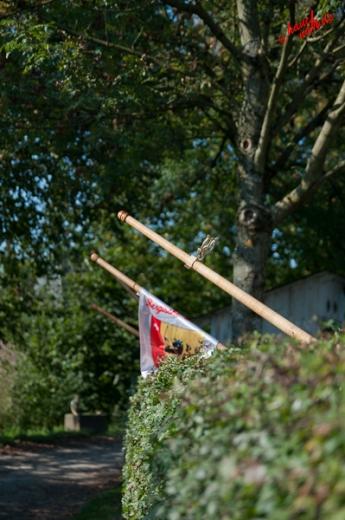 Heckendekoration? - Alphornbläsertreffen Bergisches Land 2011