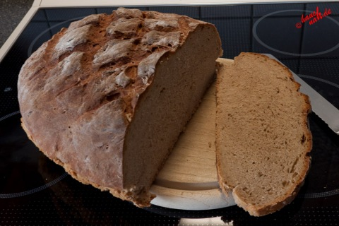 selbstgebackenes Buttermilchbrot