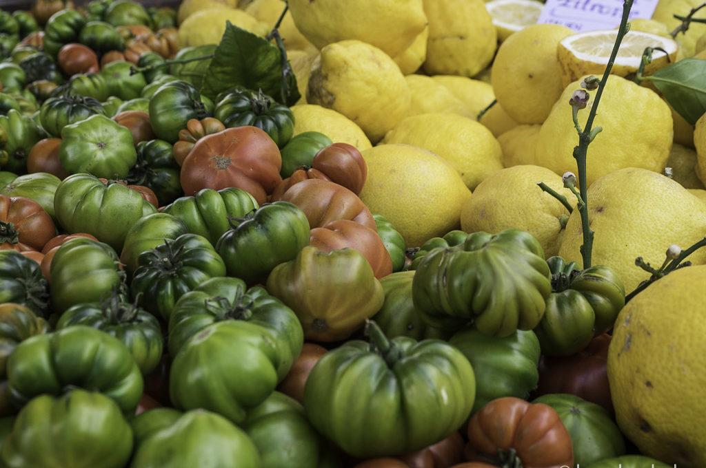 Sardische Tomaten und Zedratzitronen